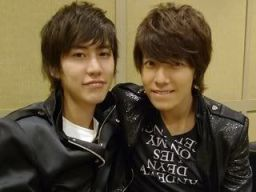 couple_kyuhyun_donghae_08072010180230