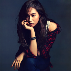 Yuri-girls-generation-snsd-32416903-500-499